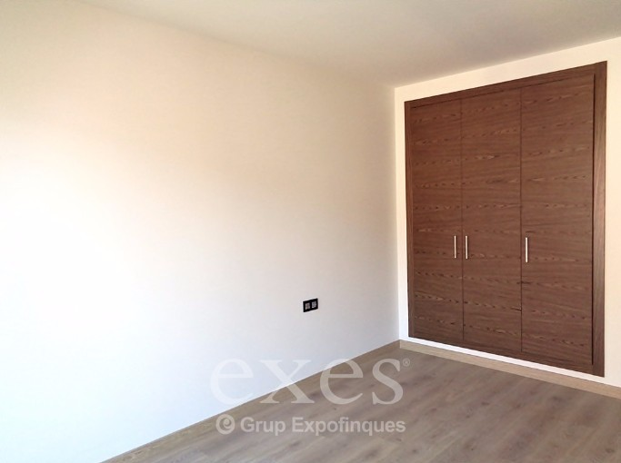 Flat for sale in Les Bons