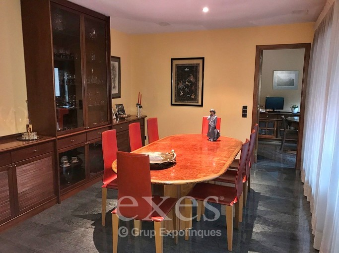 Attic for sale in Santa Coloma