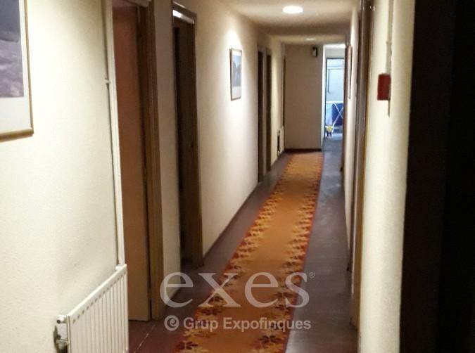 Hotel de compra a Aixovall