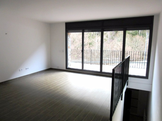 Buy Attached Erts: 180 m² - 1.850 €