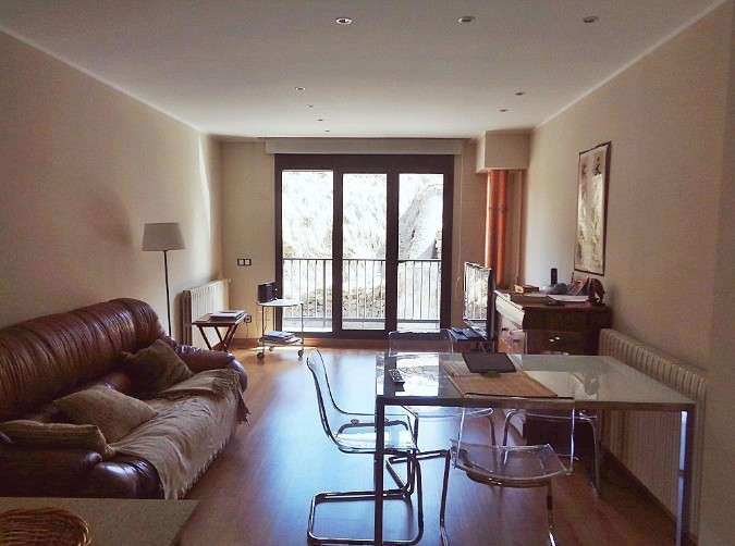 Buy Flat Canillo: 80 m² - 300.000 €