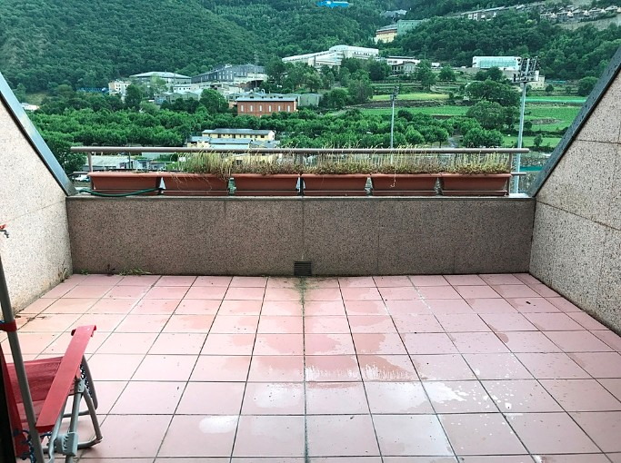 Attic for sale in Santa Coloma