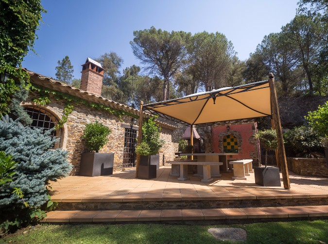 Country house for sale in Girona