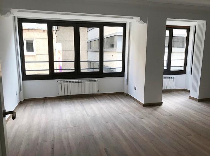 Buy Flat Escaldes-Engordany: 115 m² - 1.200 €