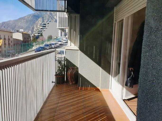 Compra Pis Andorra la Vella: 137 m² - 1.200 €