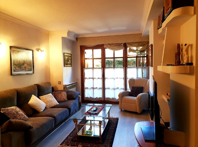 Buy Flat Canillo: 105 m² - 274.000 €
