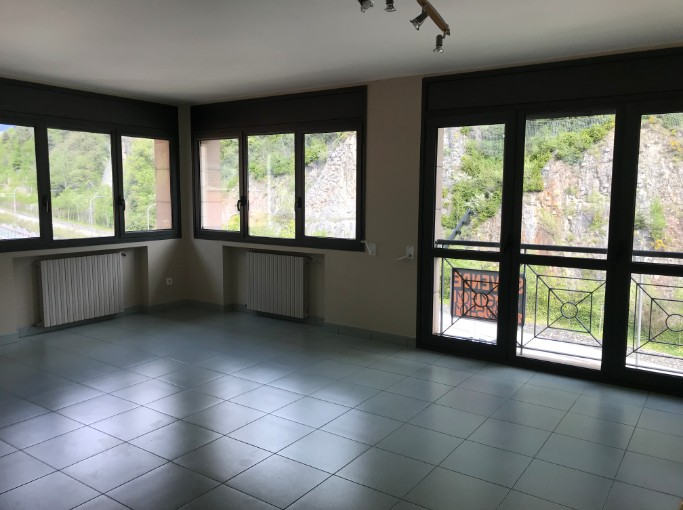 Achat Appartement Santa Coloma: 85 m² - 255.000 €