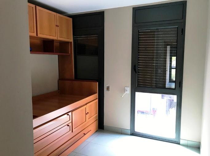 Flat for sale in Santa Coloma