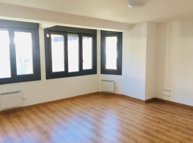 Compra Àtic Andorra la Vella: 85 m² - 1.000 €