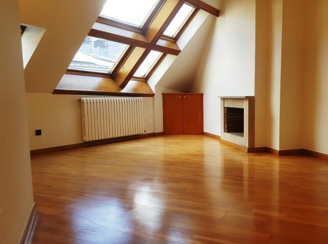 Buy Attic Andorra la Vella: 60 m² - 262.500 €