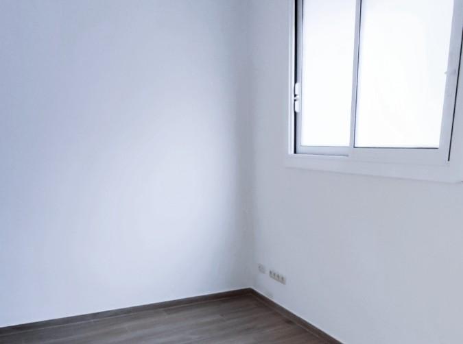 Buy Apartment Escaldes-Engordany: 35 m² - 750 €