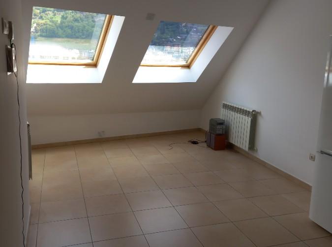 Compra Piso Escaldes-Engordany: 60 m² - 700 €
