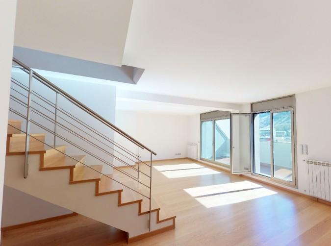 Compra Àtic Andorra la Vella: 213 m² - 915000