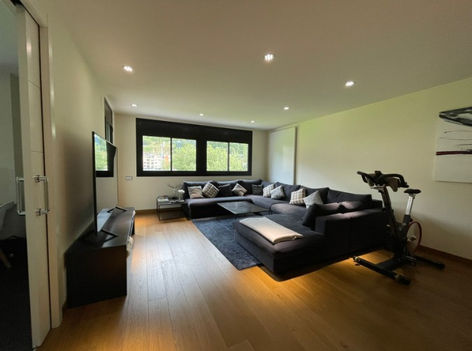 Compra Pis Encamp: 150 m² - 890.000 €
